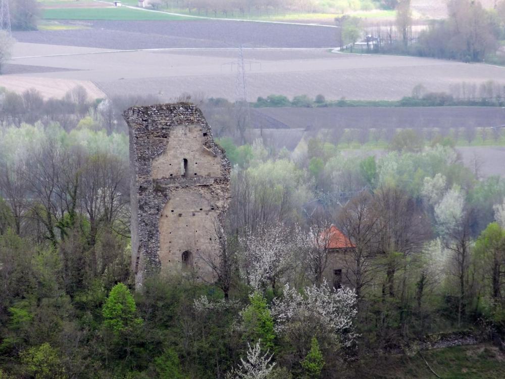 Chateau de saint quentin sur isere 01v2